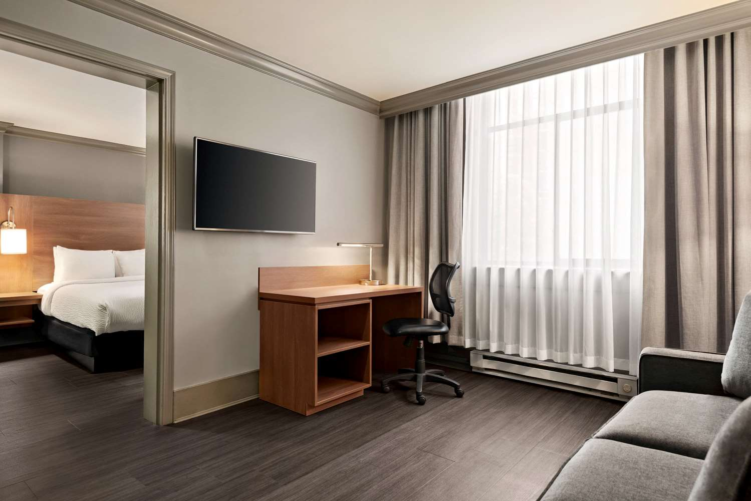 Suite - Days Inn Downtown Vancouver