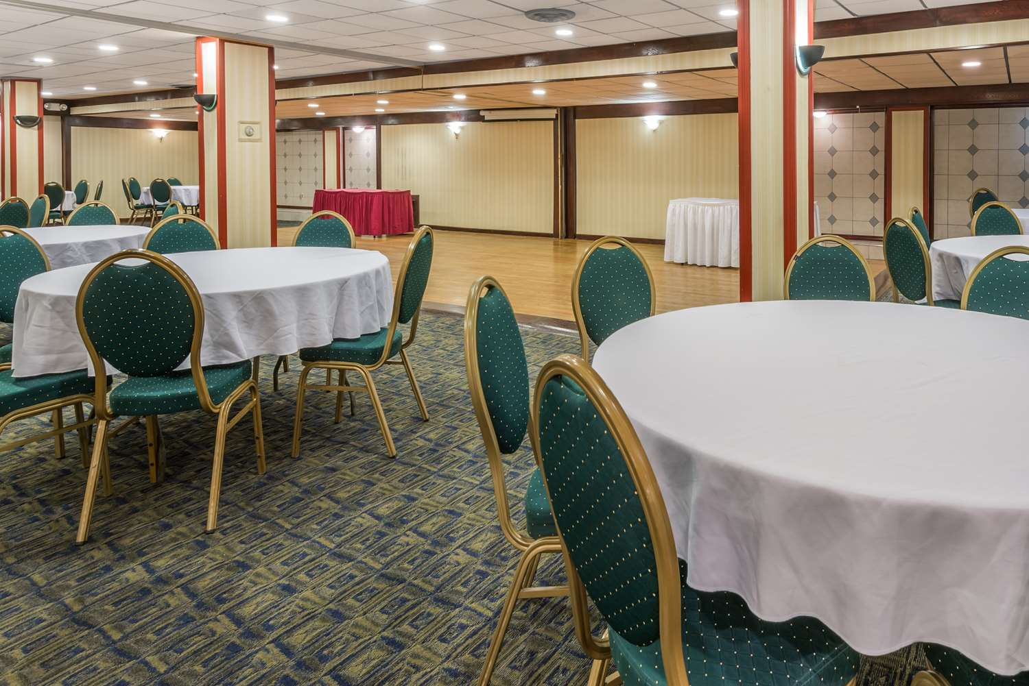 Meeting Facilities - Days Inn South Pittsburgh
