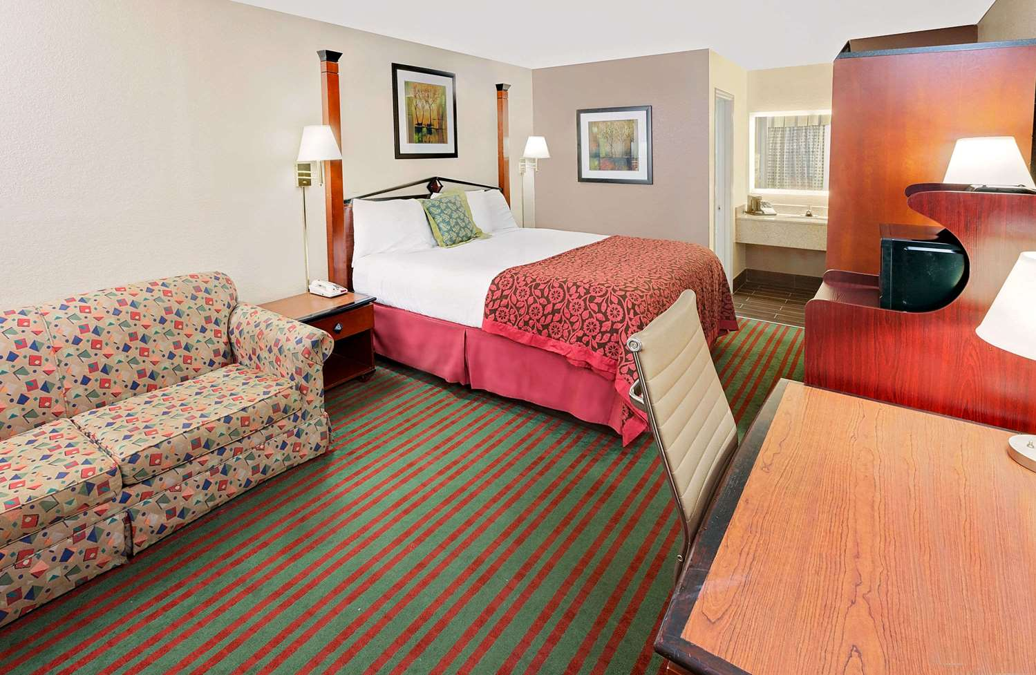 Room - Days Inn Demopolis
