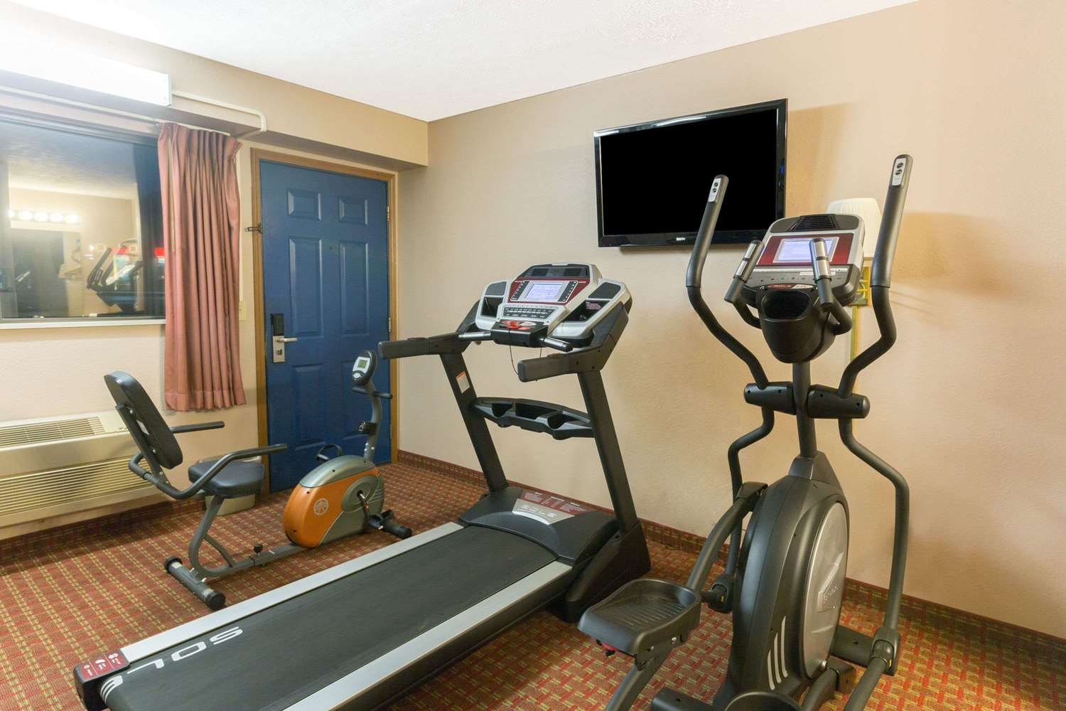 Fitness/ Exercise Room - Days Inn Mt Vernon