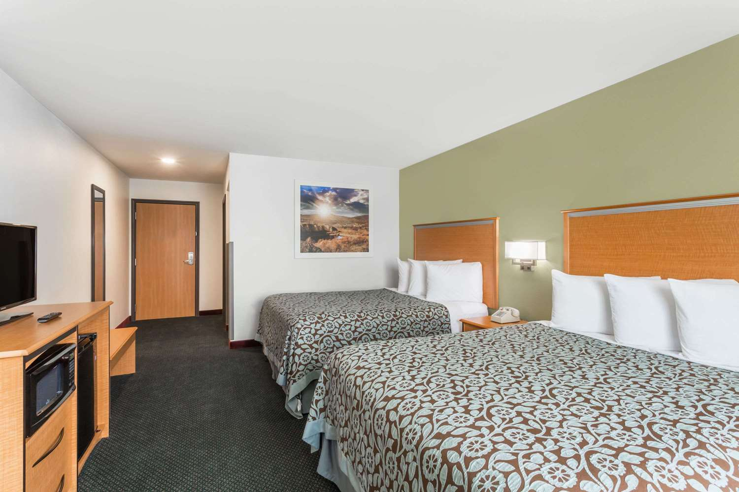 Days Inn West Yellowstone, MT - See Discounts
