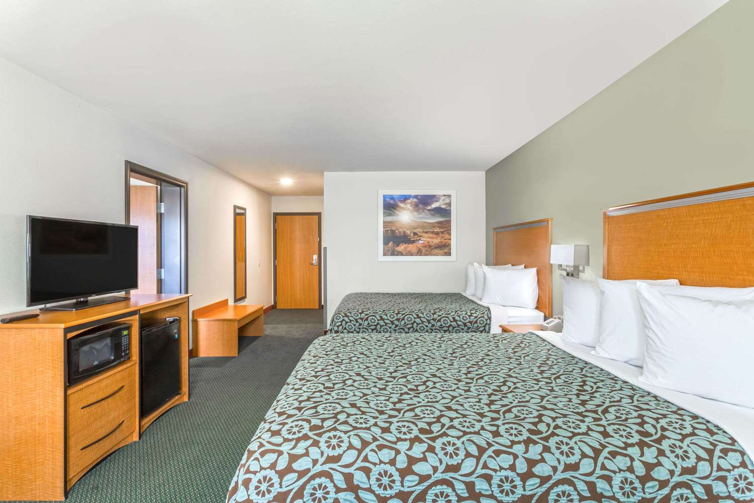 Room - Days Inn West Yellowstone
