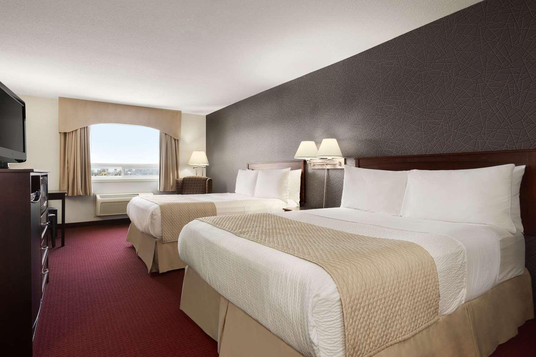 Room - Days Inn Brandon