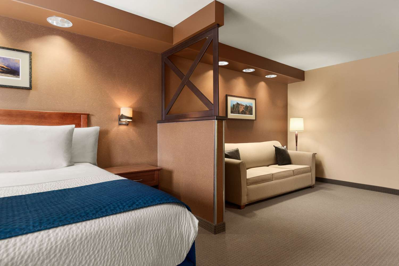 Suite - Days Inn Brandon