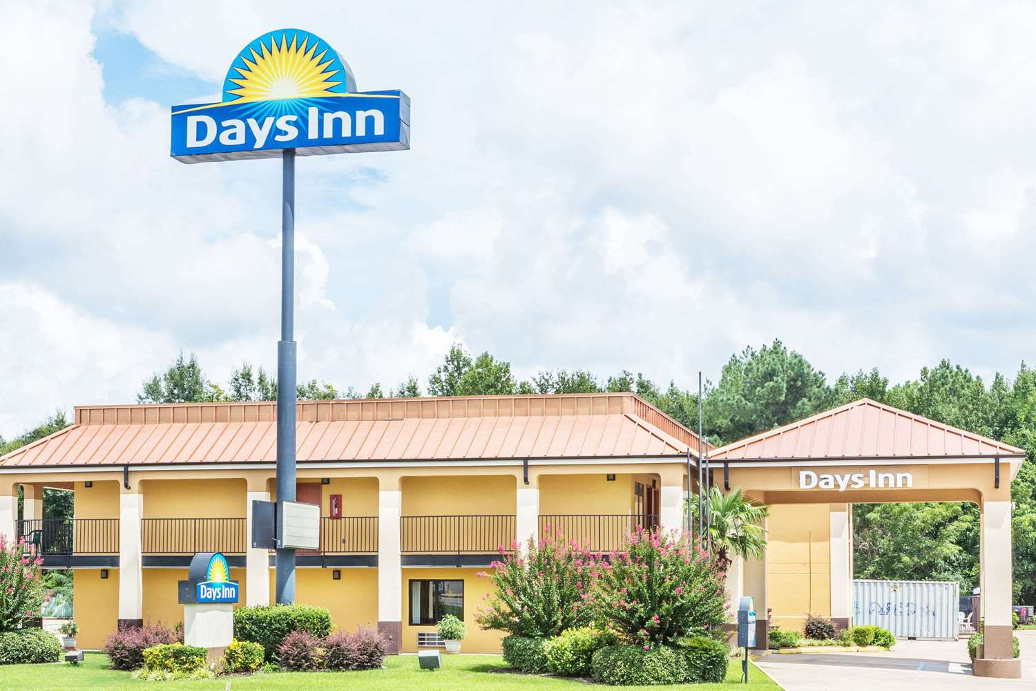 Exterior view - Days Inn Rayville