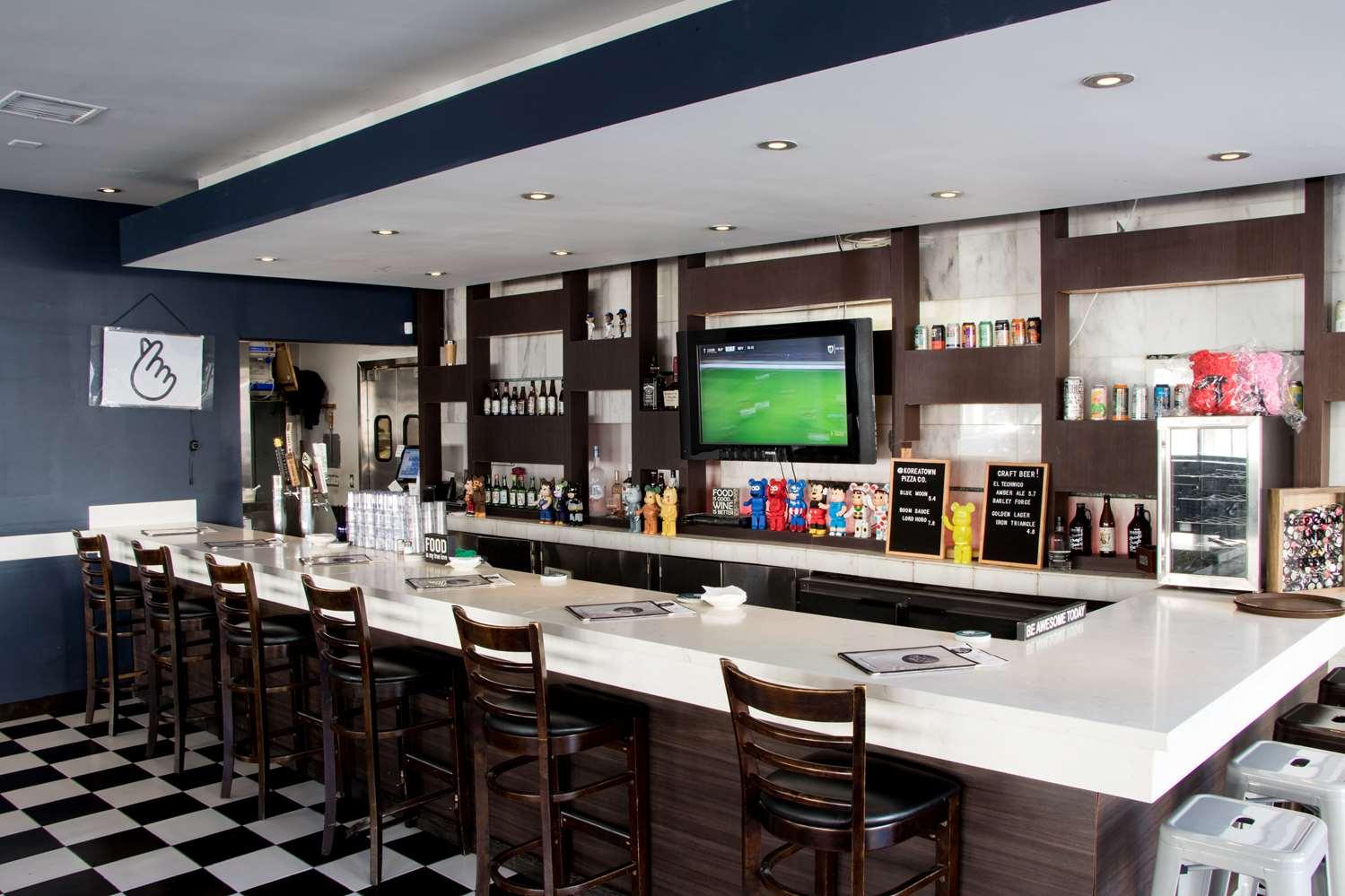 Restaurant - Ramada Hotel Wilshire Center Los Angeles