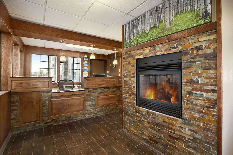 Lobby - Days Inn & Suites Gunnison
