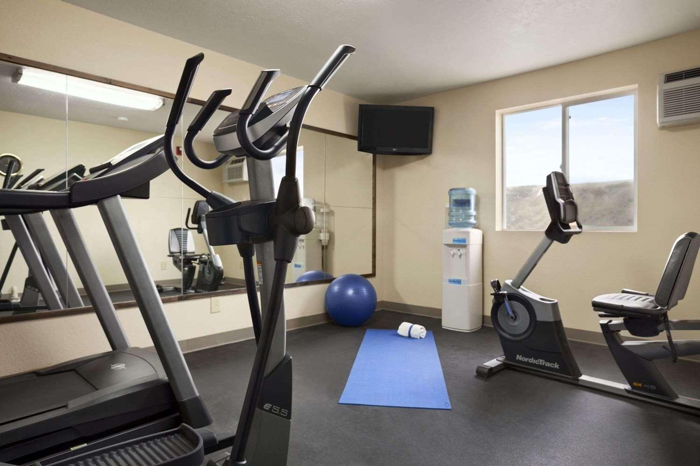 Fitness/ Exercise Room - Days Inn & Suites Gunnison