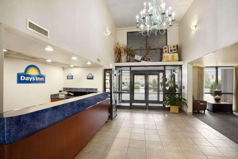 Lobby - Days Inn Kuttawa