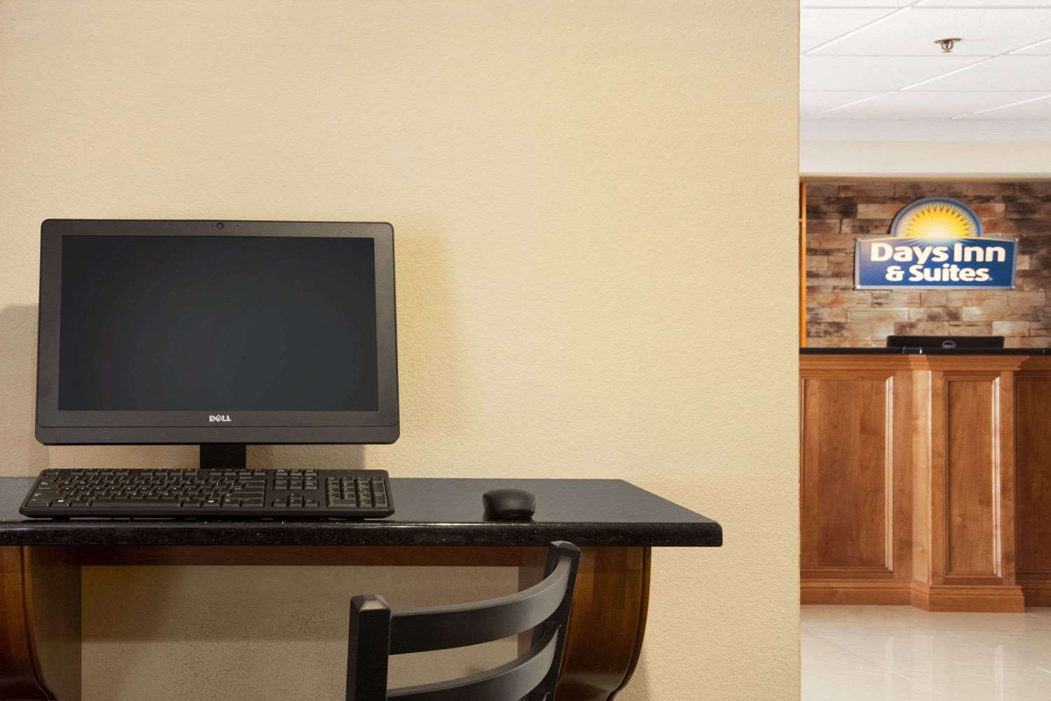 Conference Area - Days Inn & Suites Commerce