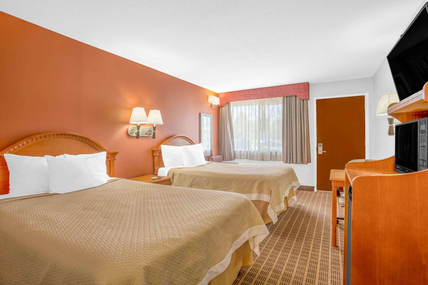 Room - Days Inn Elko
