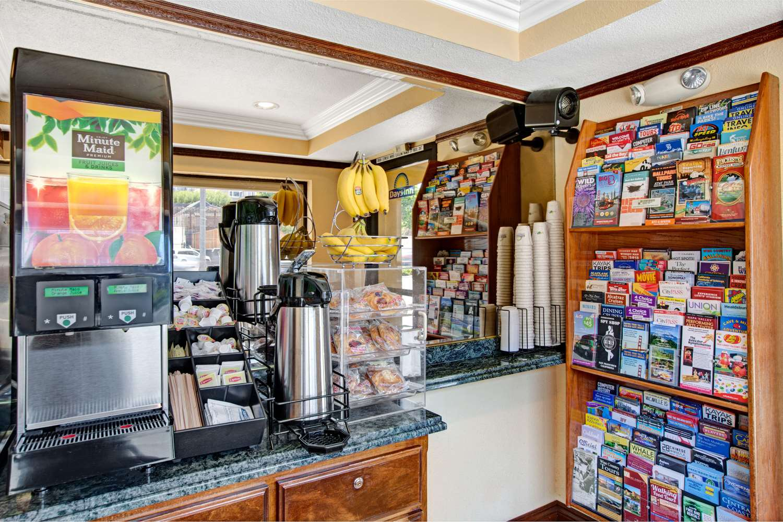 Days Inn Lombard Street San Francisco Ca See Discounts
