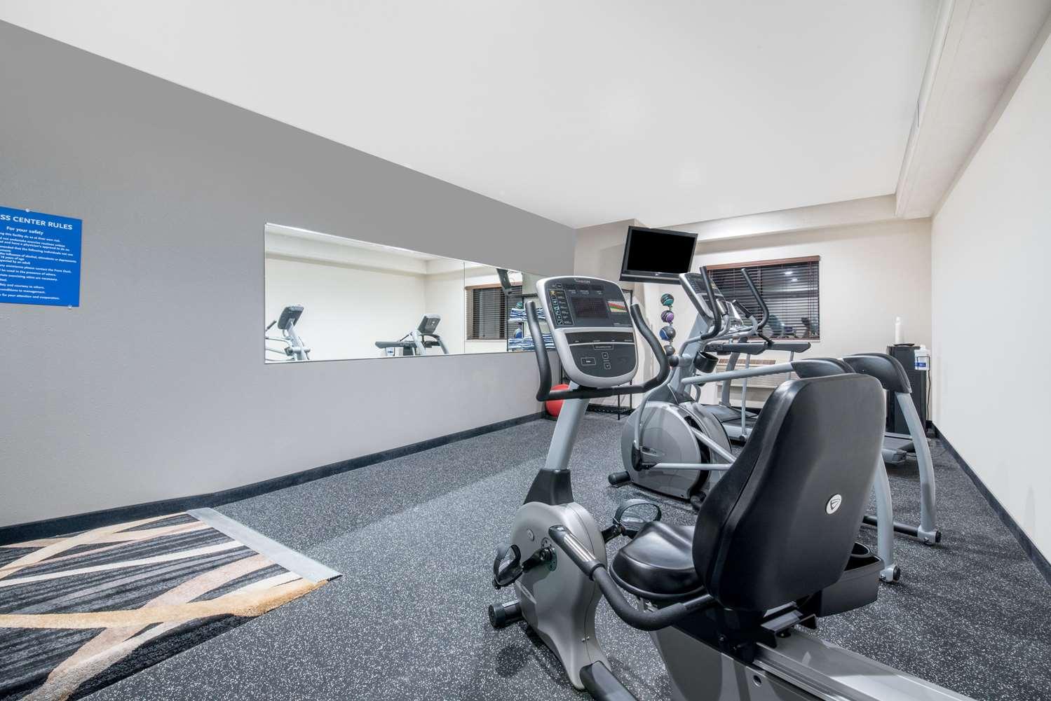 Fitness/ Exercise Room - Days Inn Watertown