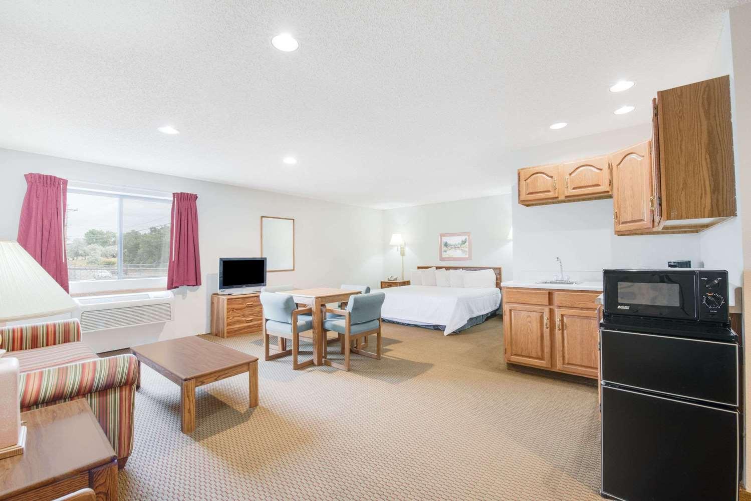 Suite - Days Inn Sturgis