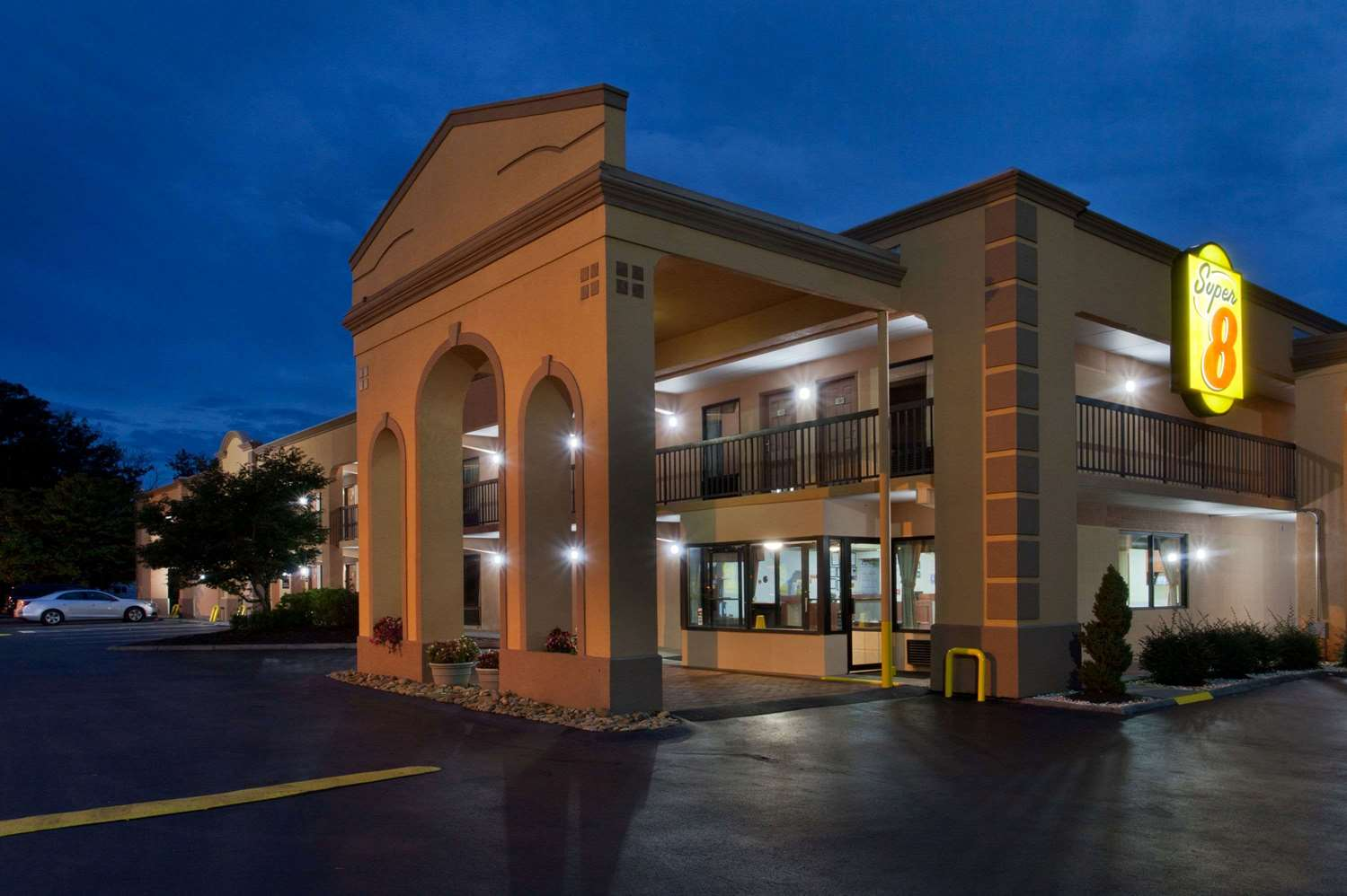 Exterior view - Super 8 Hotel West Knoxville