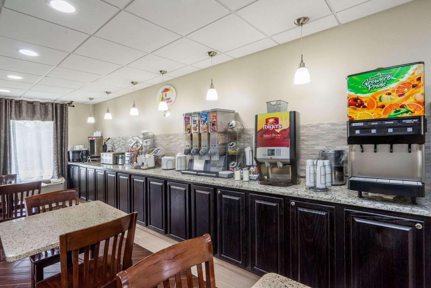 proam - Super 8 Hotel West Knoxville