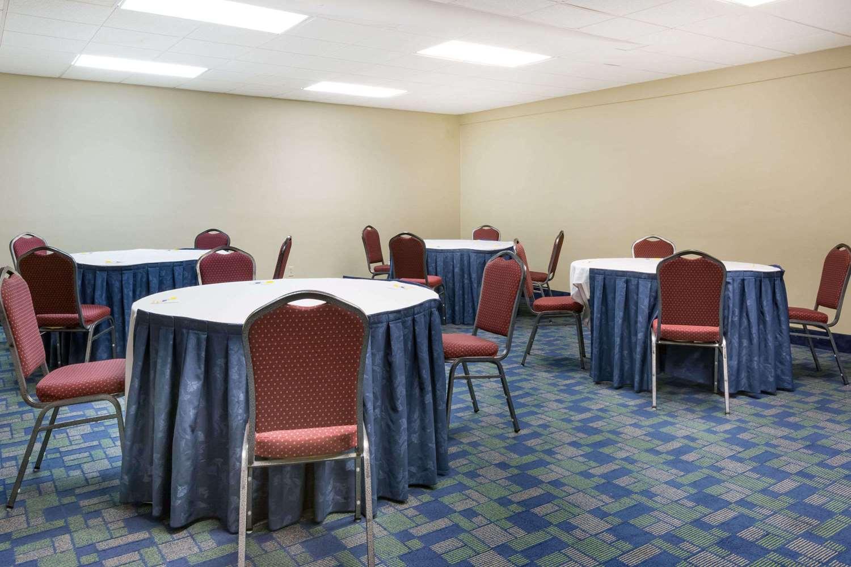 Meeting Facilities - Days Inn & Suites Bridgeport
