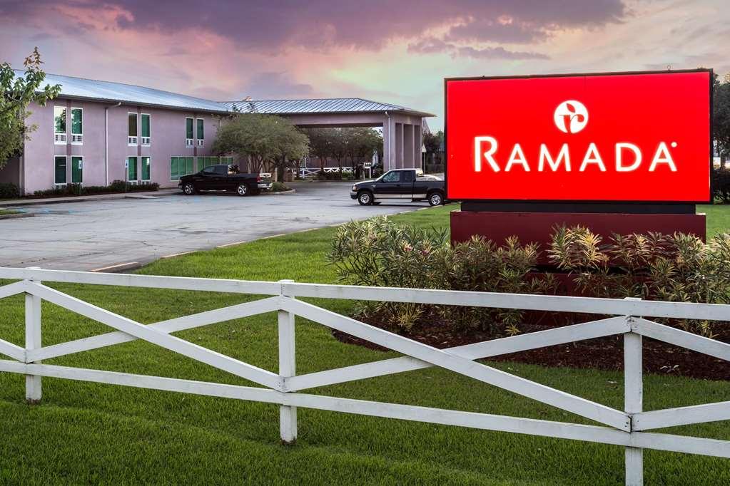 Welcome to the Ramada Luling