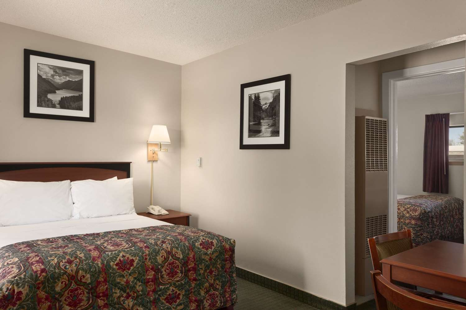 Suite - Days Inn Cortez