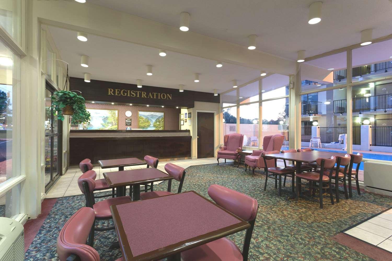 Lobby - Days Inn South Raleigh