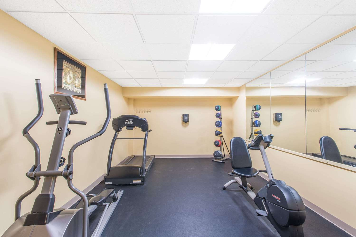 Fitness/ Exercise Room - Days Inn Colchester