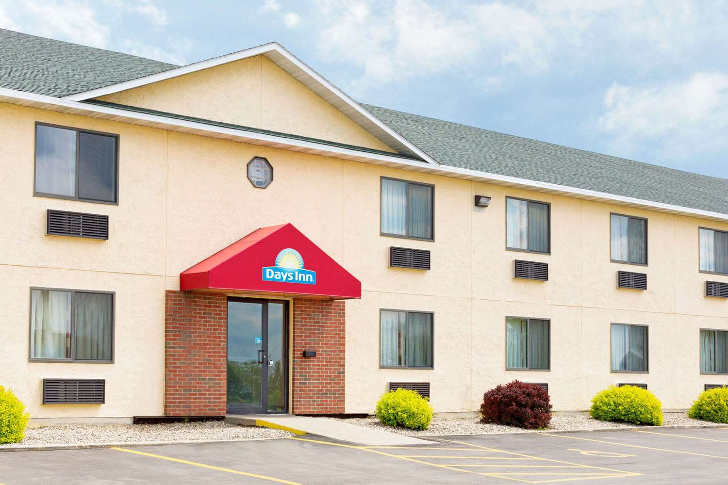 Exterior view - Days Inn Yankton