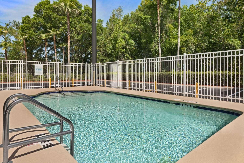 Pool - Days Inn Orange Park