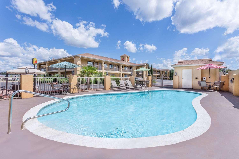 Pool - Super 8 Hotel Prattville