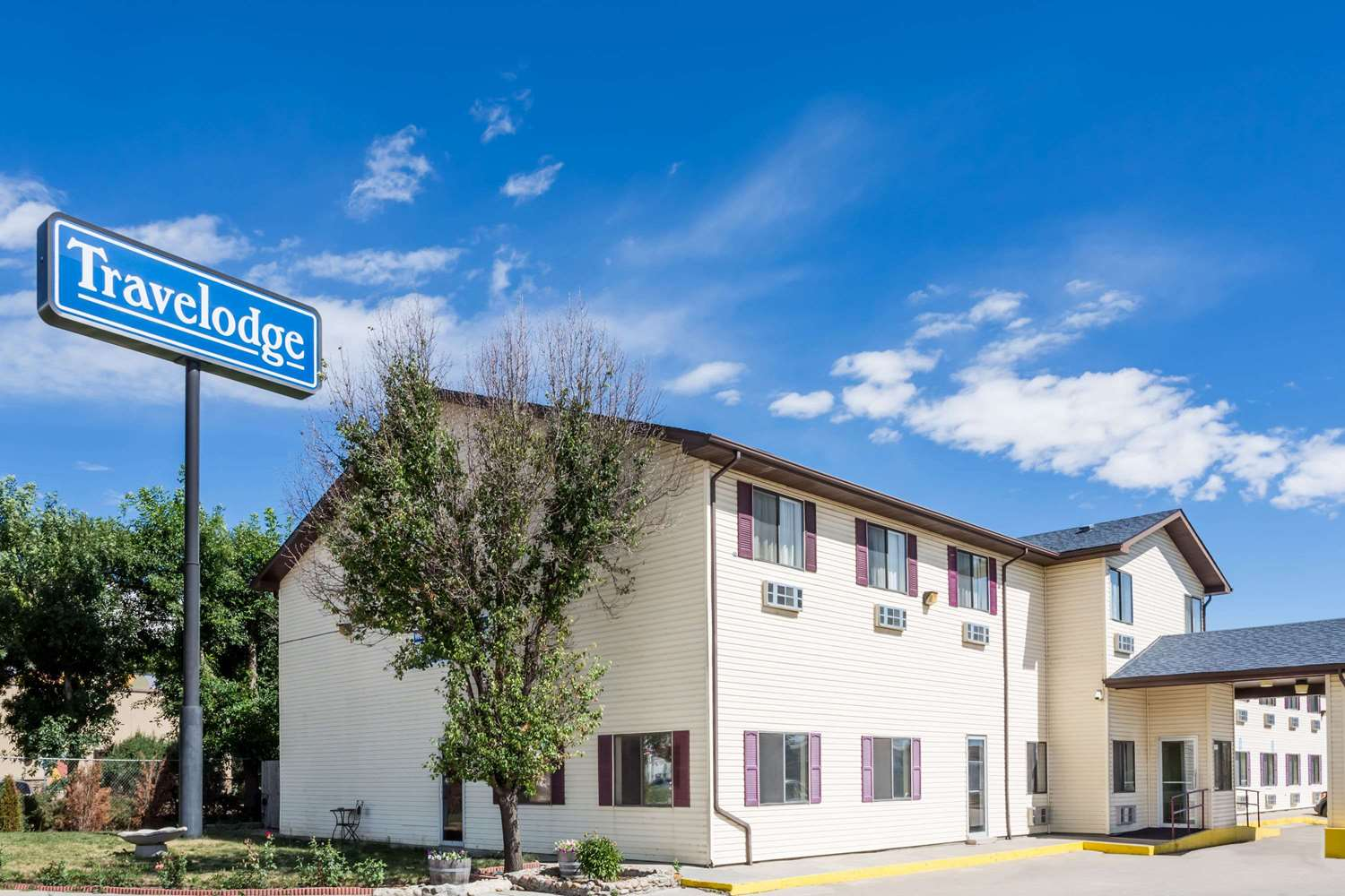 Exterior view - Travelodge Longmont