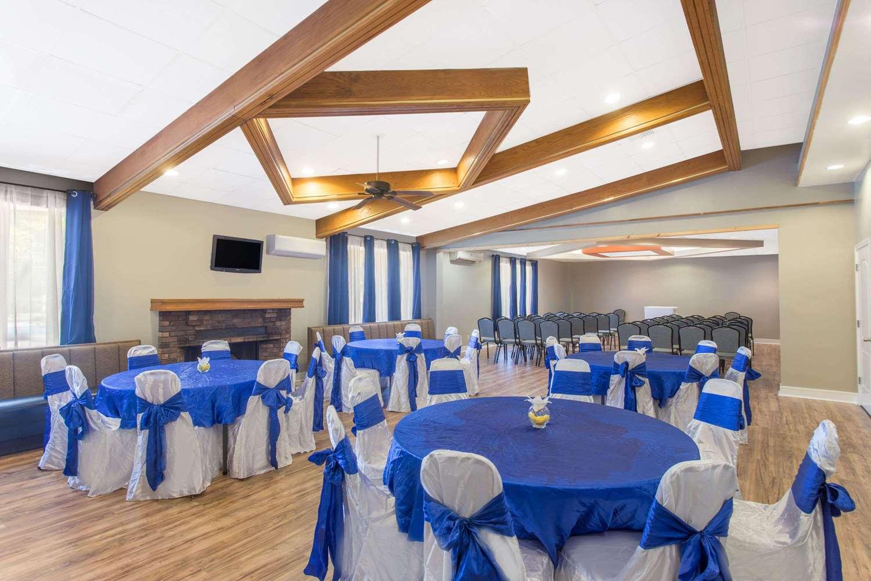 Meeting Facilities - Days Inn Myrtle Beach