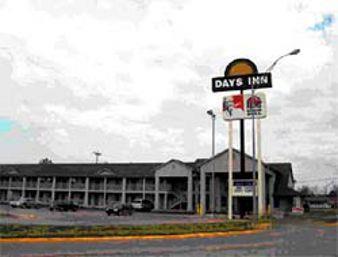 Exterior view - Days Inn Wagoner