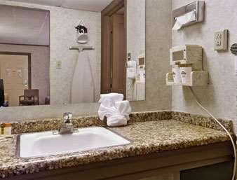 Room - Days Inn Lewisburg