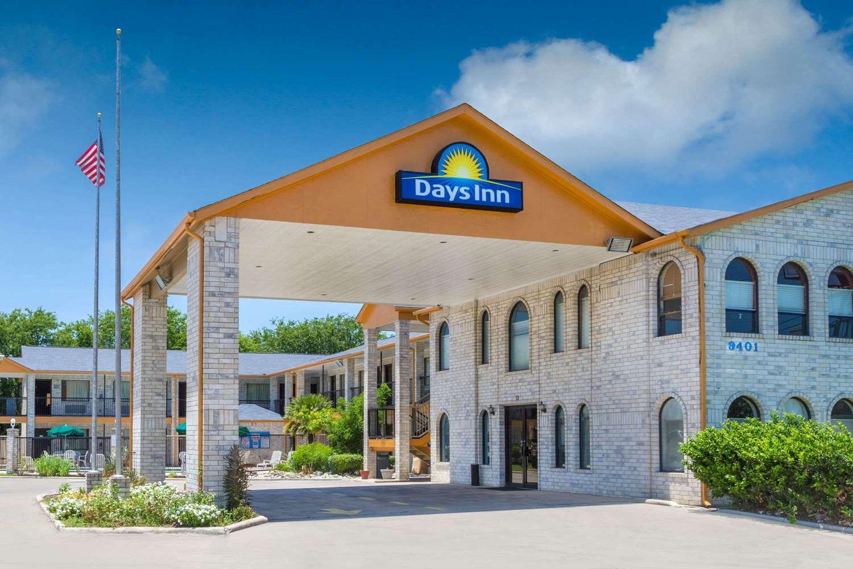 Exterior view - Days Inn Windcrest San Antonio