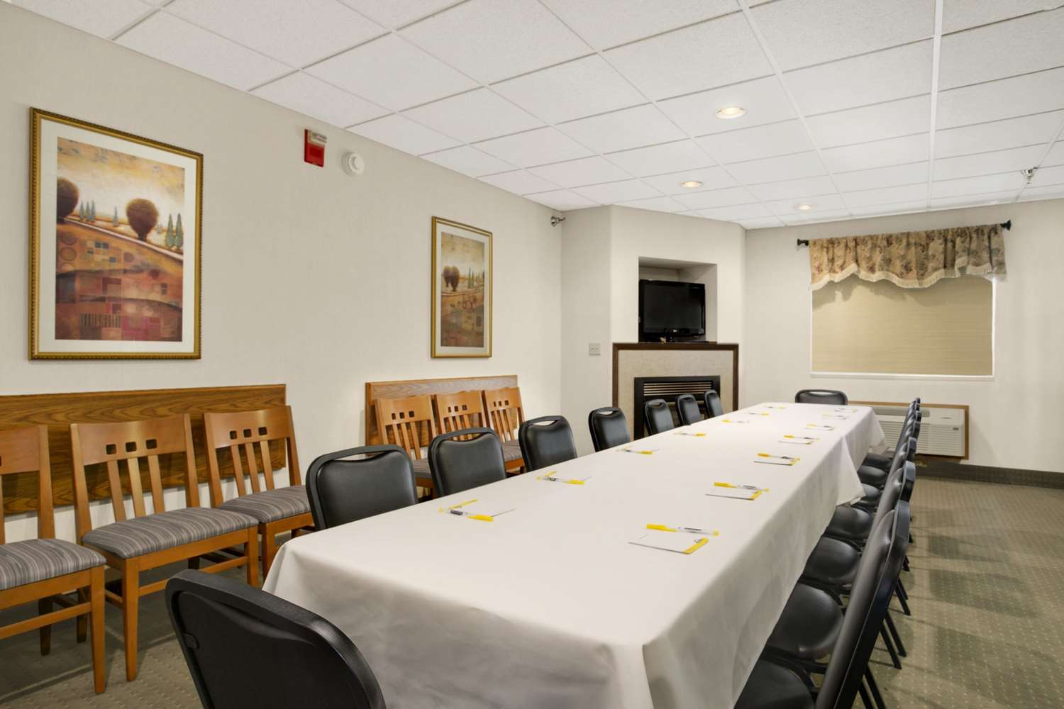 Meeting Facilities - Days Inn I-90 Rapid City
