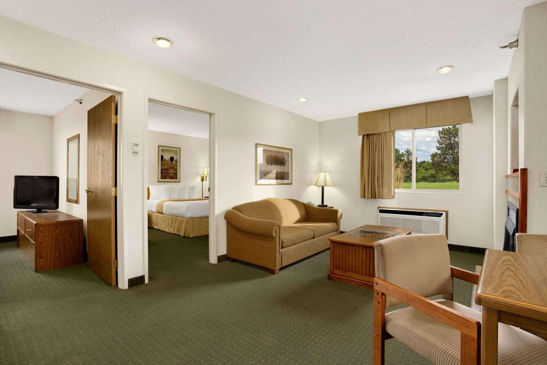 Suite - Days Inn I-90 Rapid City