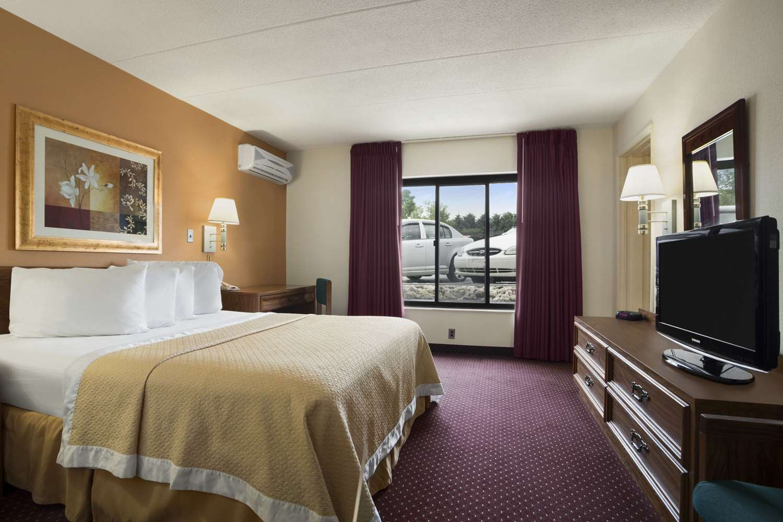 Suite - Days Inn New Stanton