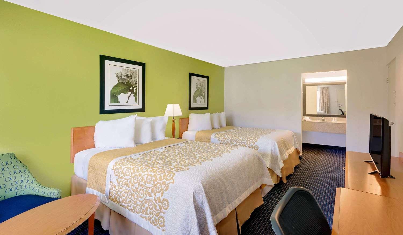 Room - Days Inn Easton