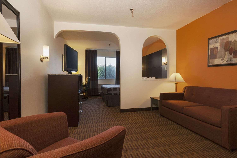 Suite Days Inn Los Lunas