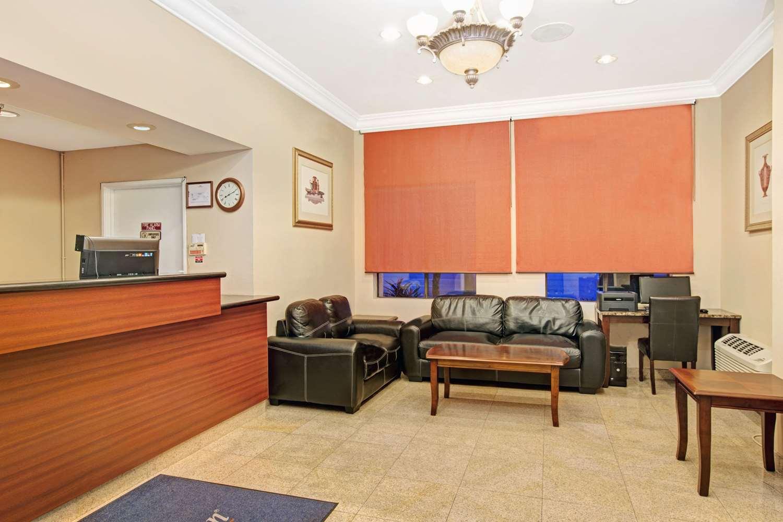 Lobby - Howard Johnson Inn Torrance