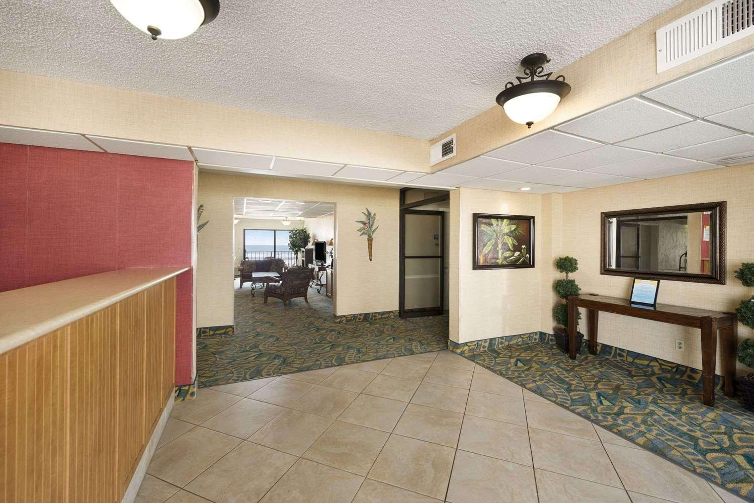 Lobby - Days Inn Oceanfront Daytona Beach Shores