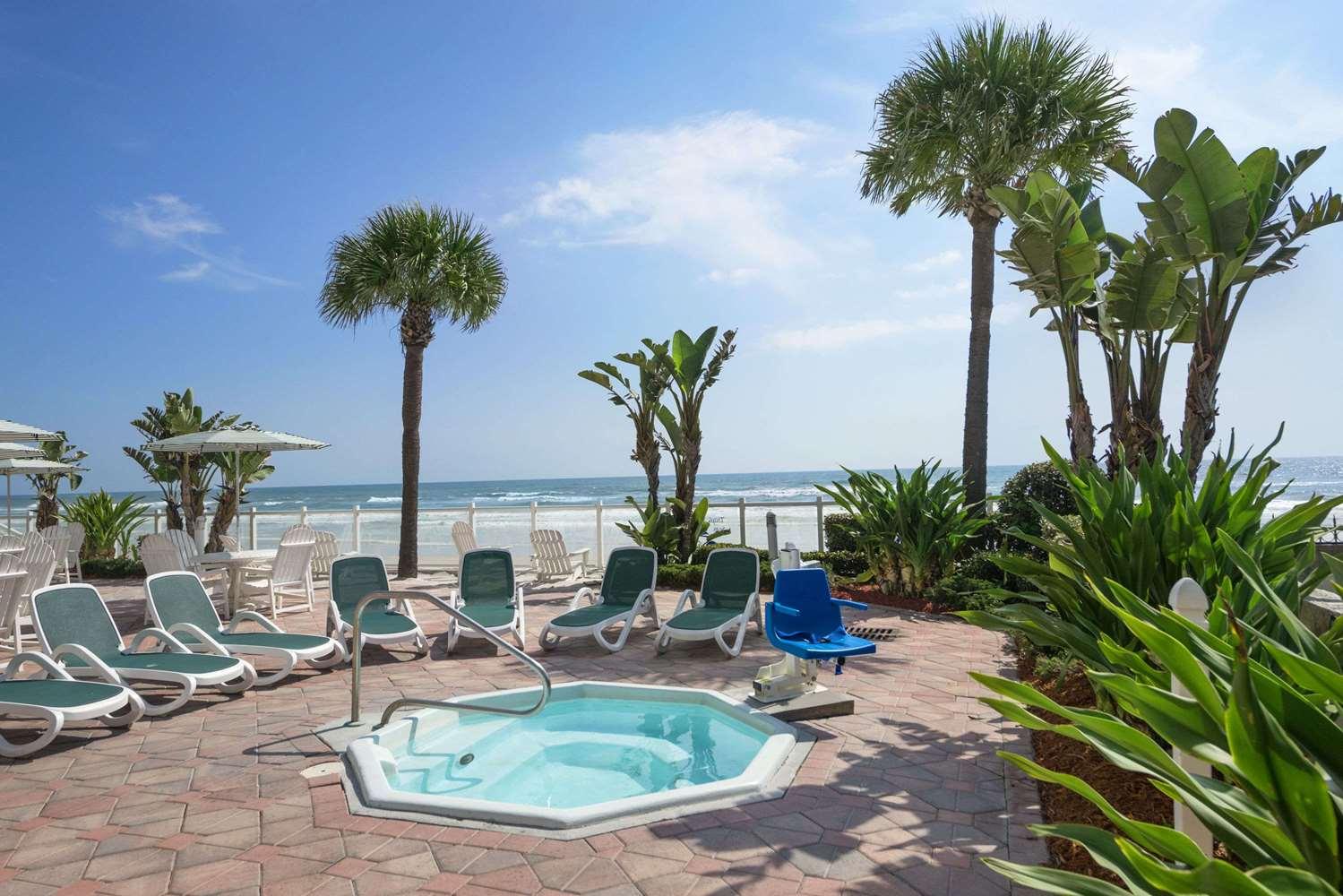 Recreation - Days Inn Oceanfront Daytona Beach Shores