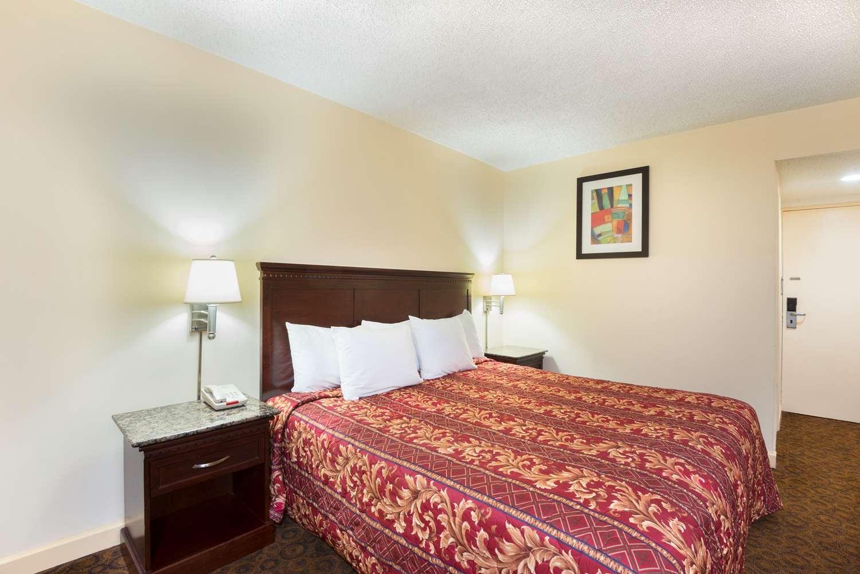 Room - Days Inn Roosevelt Blvd Philadelphia