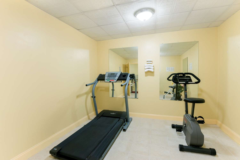 Fitness/ Exercise Room - Days Inn Roosevelt Blvd Philadelphia