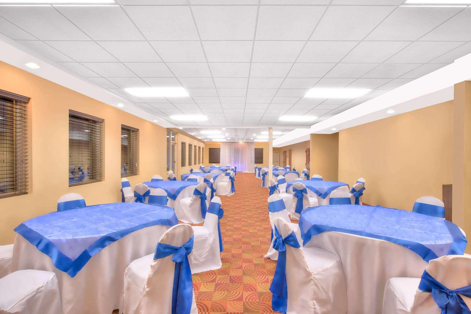 Meeting Facilities - Days Inn New Cumberland