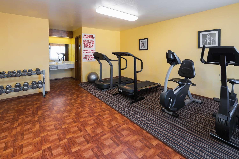 Fitness/ Exercise Room - Days Inn Pinole