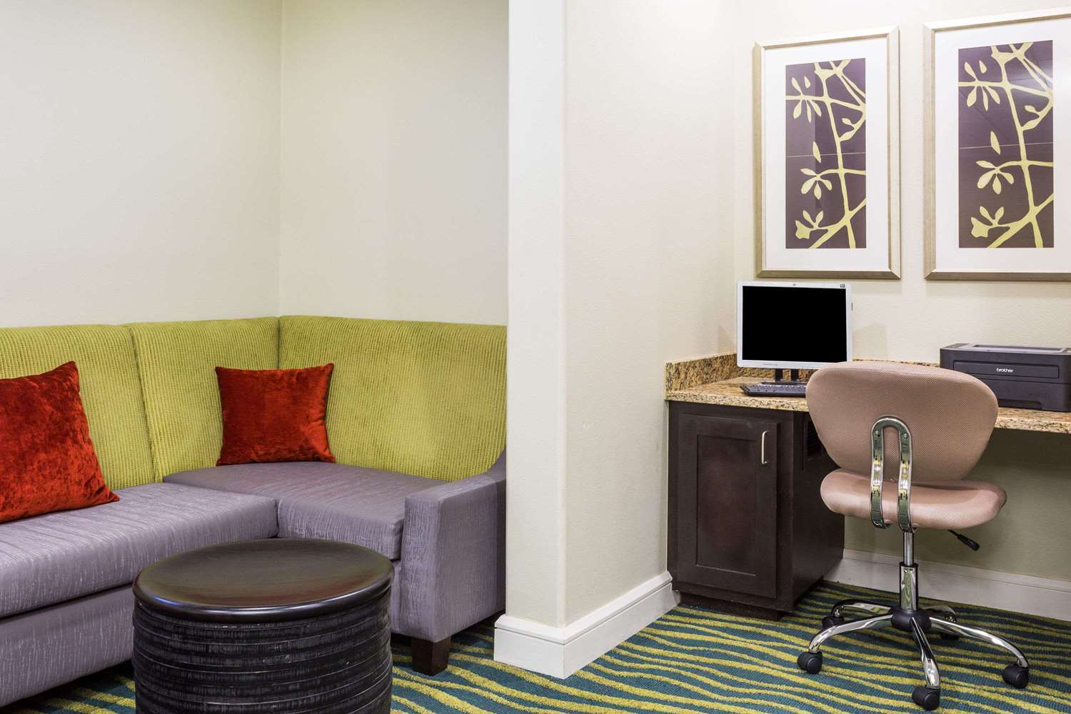 Conference Area - Days Inn I-75 Adel