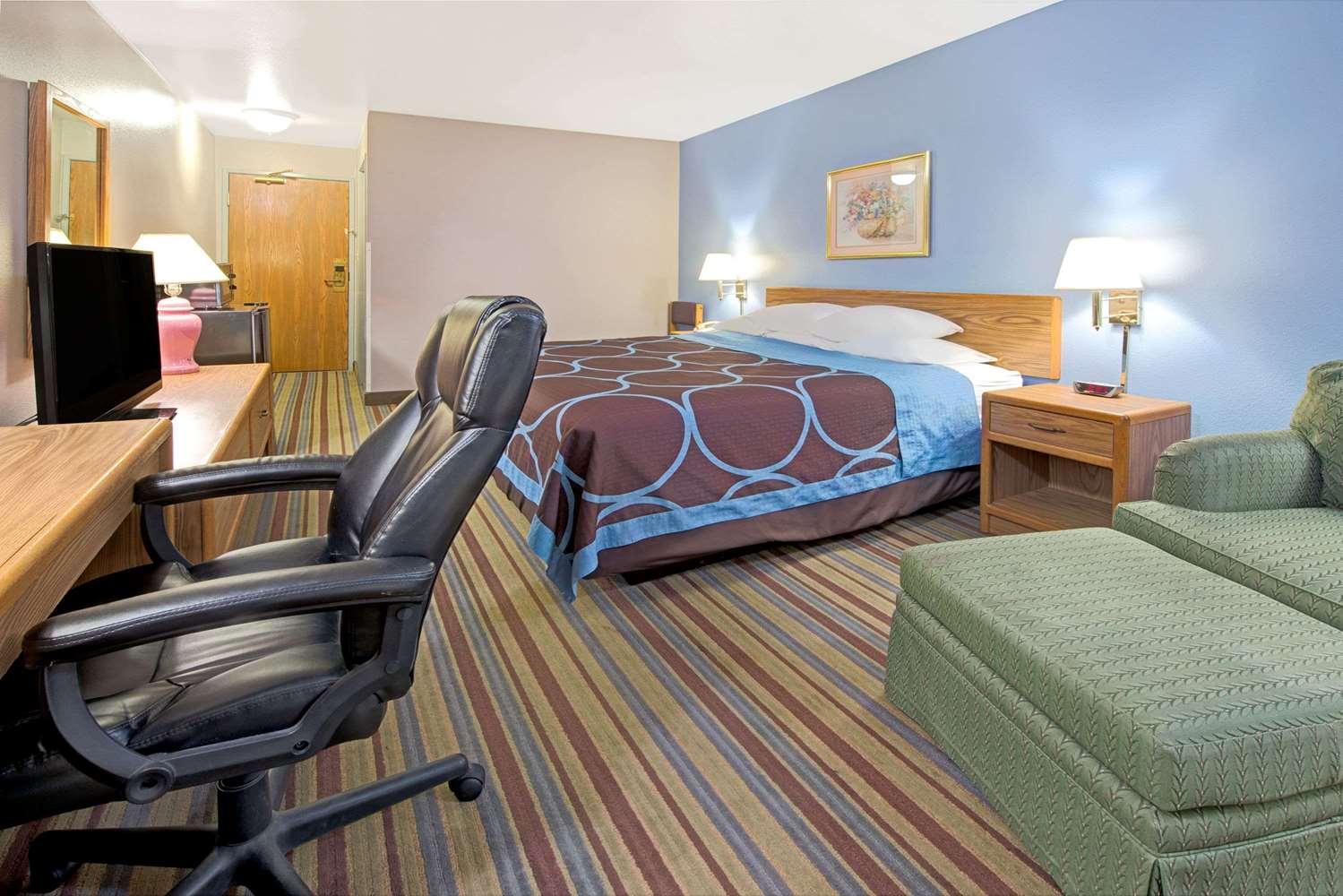 Room Super 8 Hotel Pontoon Beach