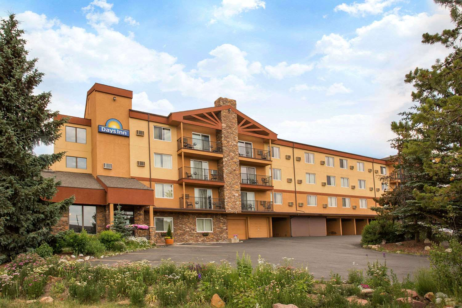 Exterior view - Days Inn Silverthorne