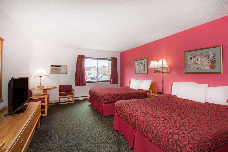 Room - Days Inn Mason City