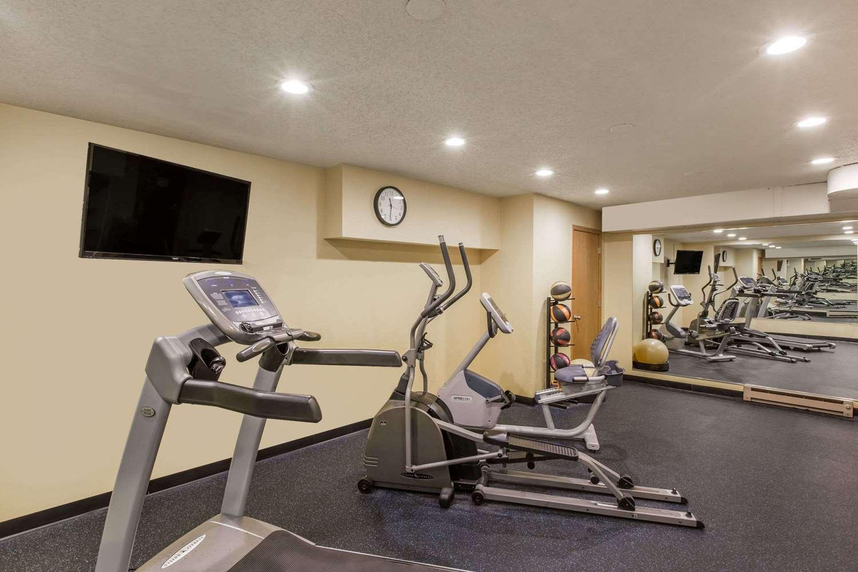 Fitness/ Exercise Room - Days Inn Pierre